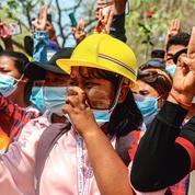 Les femmes en première ligne des manifestations contre la junte birmane