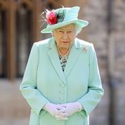 Face à Harry et Meghan, la reine Elizabeth II joue la désescalade