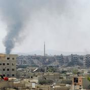 Des faubourgs rebelles de Damas à l'enclave d'Idlib, la longue errance et les rêves brisés d'Abu Malek al-Shami