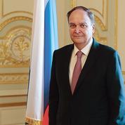 Moscou dénonce l'«hystérie» du président américain