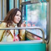 Une étudiante retrouve le bel inconnu croisé dans le métro parisien