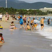 Privés d'étranger, les Chinois ont leur île tropicale