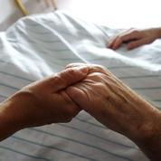 «Non, nous ne pourrons pas provoquer délibérément la mort»: la tribune des médecins qui s'opposent à l'euthanasie