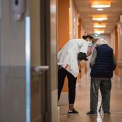 Derichebourg et Korian vont reconvertir desagentes de nettoyage en aides-soignantes
