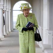 Après la mort du prince Philip, une reine seule dans les remous de la monarchie