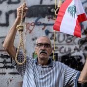 Les Libanais à la merci du secteur bancaire en quasi-faillite