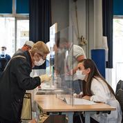 Régionales: la vaccination des assesseurs interroge les maires