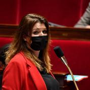 Attaque de Rambouillet: la majorité refuse de faire le lien avec l'immigration