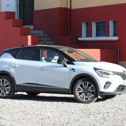 Renault Captur E-Tech Hybrid, jamais loin de la prise