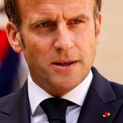 Emmanuel Macron veut reprendre son «bâton de pèlerin»: d'où vient cette formule?