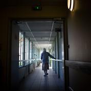Ehpad, hôpitaux... vers un droit opposable aux visites?