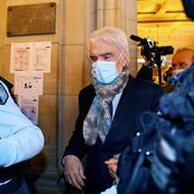 Affaire de l'arbitragedu Crédit lyonnais: Tapie reprend le chemin du tribunal