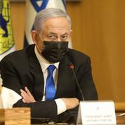 Benyamin Netanyahou, qui joue sa survie, navigue à vue