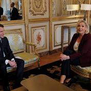 Présidentielle 2022: Macron et LePen veulent pousser leur avantage