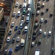 La voiture peu à peu boutée hors des villes