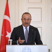 Paris et Ankara jouent la carte de l'apaisement