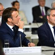 Présidentielle: Emmanuel Macron et Xavier Bertrand, un duel en 2022?