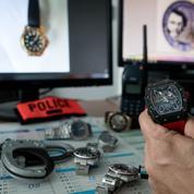 Explosion des vols violents de montres de luxe à Paris