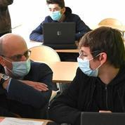 Port du masque: à l'école, le soulagement mais des perspectives floues