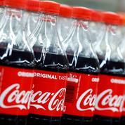 Coca, Danone et Nestlé défendent leurs bouteilles plastique