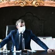 Comment Emmanuel Macron veut faire oublier les régionales