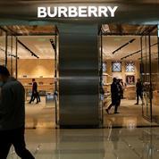 Le directeur général de Burberry quitte le navire, le titre plonge en Bourse