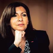 Présidentielle: Anne Hidalgo, un été pour se transformer en candidate