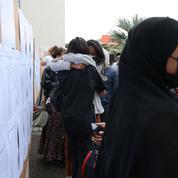Laïcité: 57% des jeunes enseignants soutiennent le port du voile à l'école