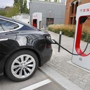Tesla ouvre ses bornes de recharge à ses rivaux