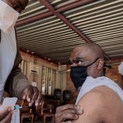 Covid-19: l'Afrique du Sud à la traîne sur la vaccination