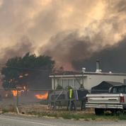 Au Canada, des feux gigantesques ravagent la province de l'Ouest