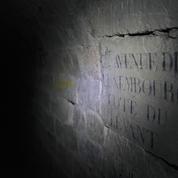 Le silence envoûtant des catacombes de Paris