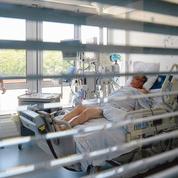 Covid-19: le dilemme du passe sanitaire à l'hôpital
