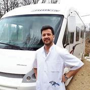 Un médecin de campagne en camping-car