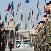 «Honneur à nos 90 soldats tués et à leurs 700 camarades blessés en Afghanistan!»
