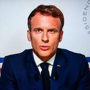 Emmanuel Macron servi et entravé par la gestion du Covid