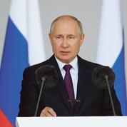Vladimir Poutine cajole les retraités et les militaires avant les élections