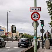 Paris: la limitation de vitesse généralisée à 30 km/h entre en vigueur ce lundi