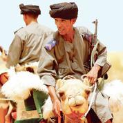 Avec les méharistes, sentinelles du Sahel à dos de dromadaire