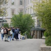 Au collège Saint-Joseph-du-Loquidy, à Nantes, le suivi des élèves est strict
