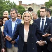 Marine Le Pen tente de prendre ses adversaires de vitesse