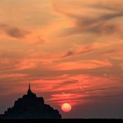 Mont-Saint-Michel: un chantier qui passe par les airs