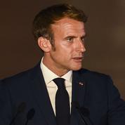 Présidentielle 2022: en campagne, Emmanuel Macron multiplie les promesses et les dépenses