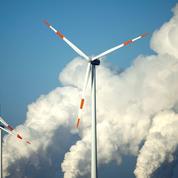Éoliennes: la crise énergétique met à mal la stratégie du tout renouvelable