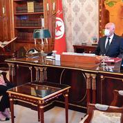 En Tunisie, une femme chargée de former le gouvernement