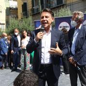 Municipales en Italie: délabrée et asphyxiée par ses dettes, Naples attend son sauveur