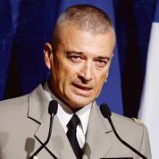 Le général Burkhard veut préparer l'armée à livrer des conflits hybrides