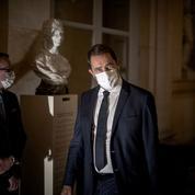 IVG: la majorité veut avancer contre l'avis de Macron