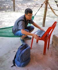 Thuyen, guide-archiviste.