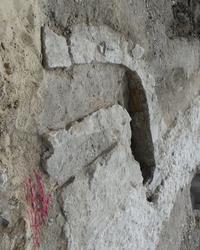 Les chercheurs ont découvert un canal qui passait sous l'église.